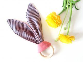 Beißring - Hasenohren knistern ( rosa)